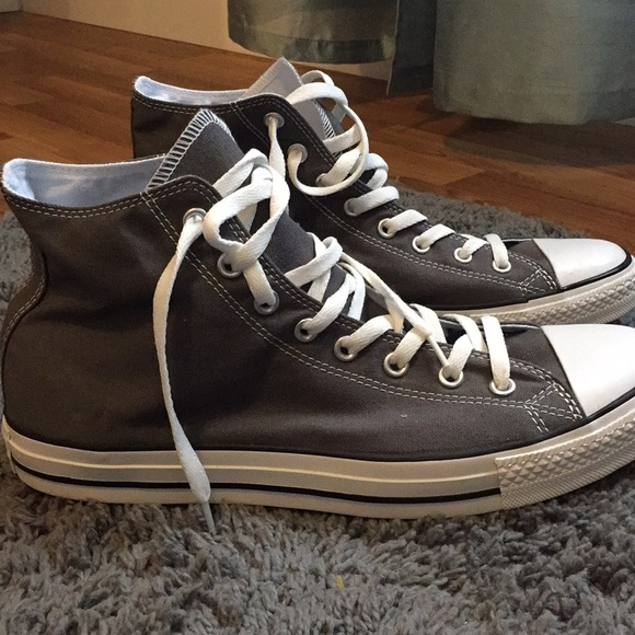 f1f4218499b175 Converse Other - Grey Converse Men s size 12  women s ...